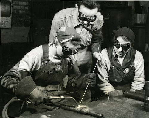 Gary Plant Tubular Steel Corporation, 1943. Public domain photo.