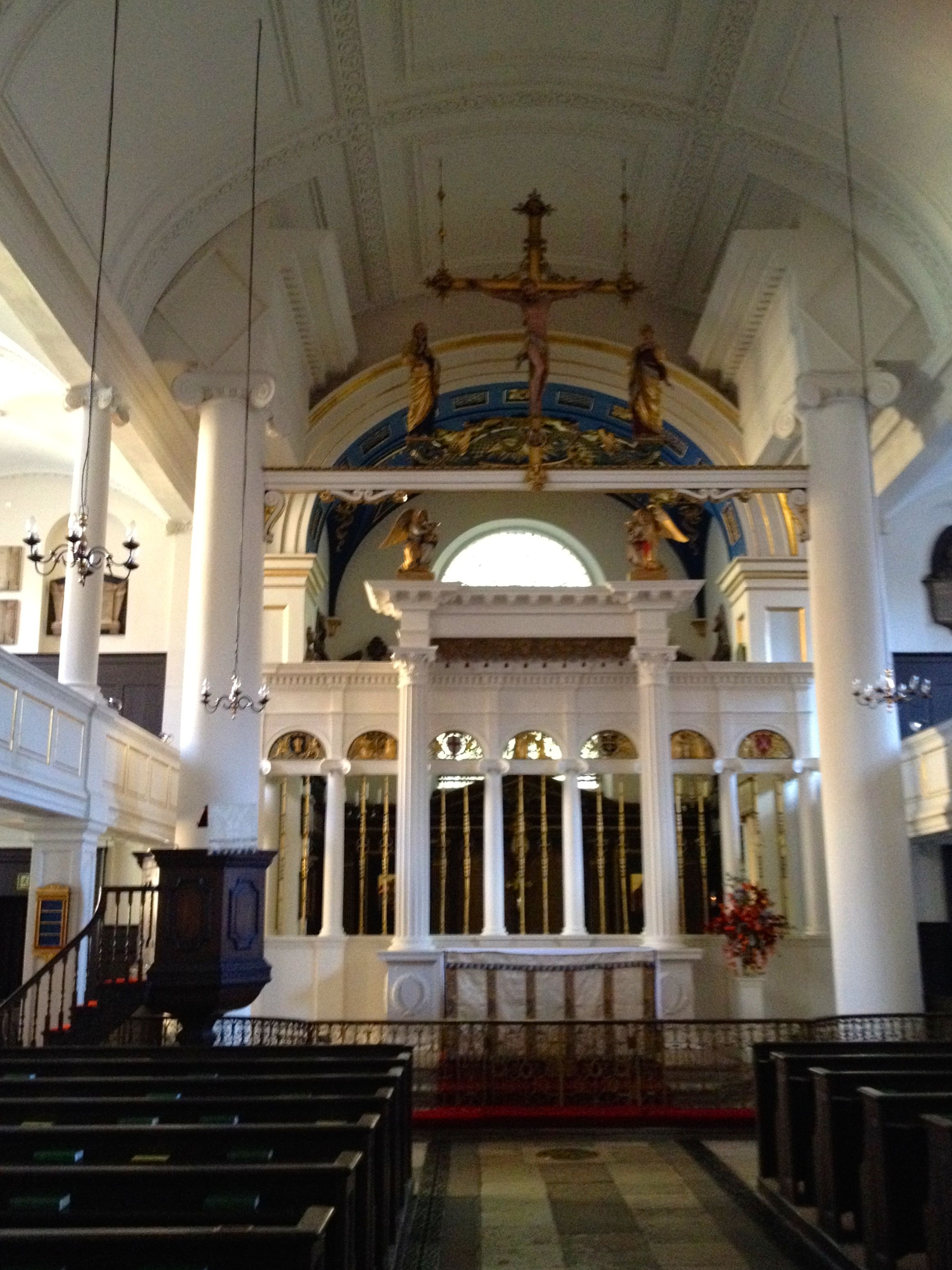 The inside of Grosvenor Chapel
